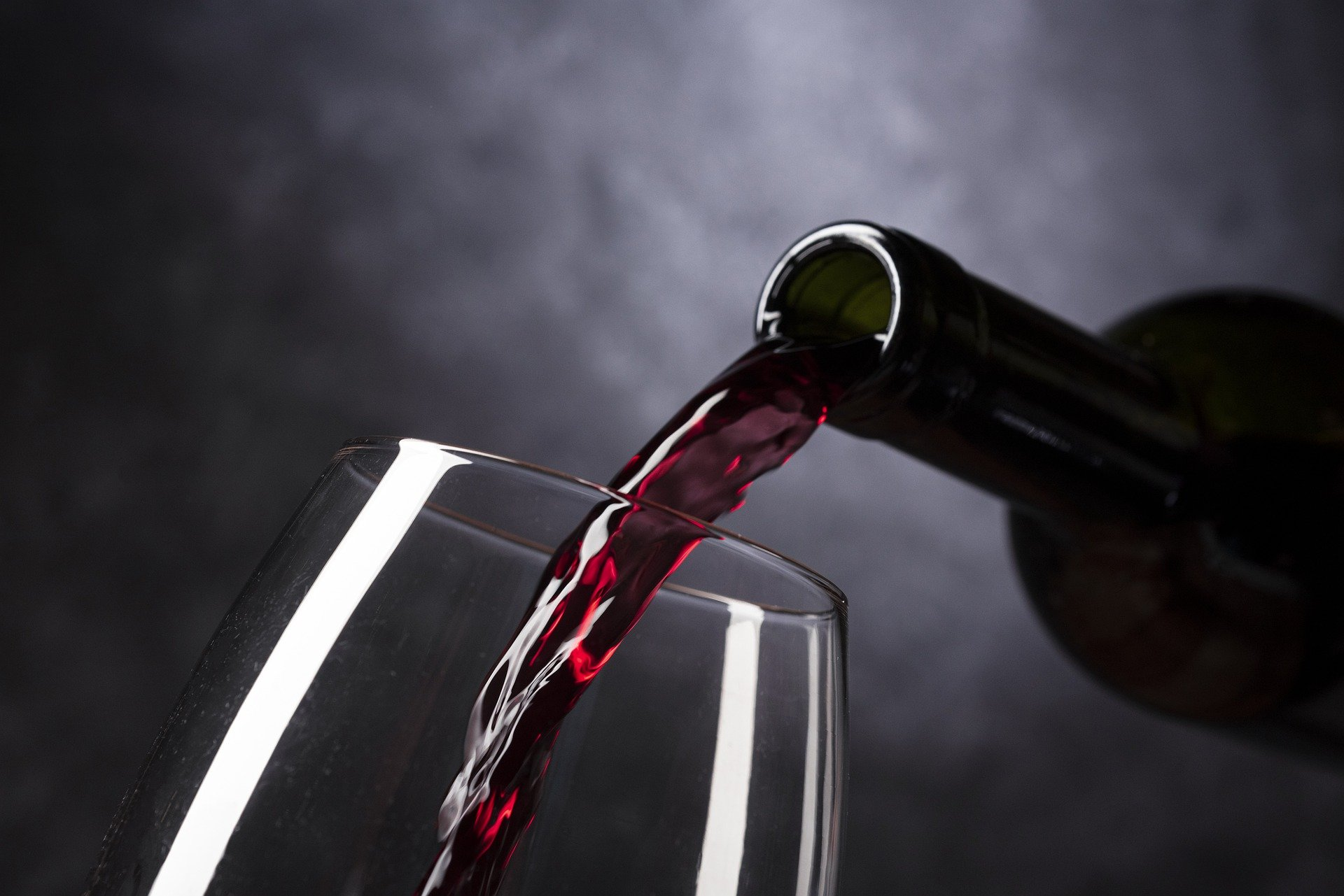 Rediscover the Time & Place for Lighter Reds The Home Vintner
